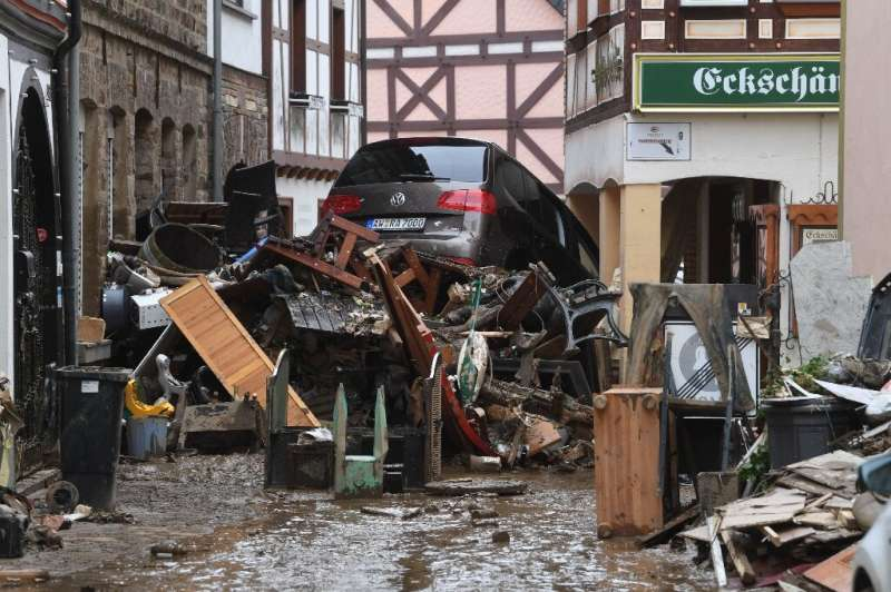 Questions are mounting about whether Germany's weather warning system failed to keep citizens safe