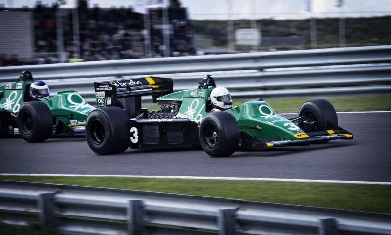 race car f1