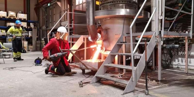 Recirculating off-gas contributes to carbon capture