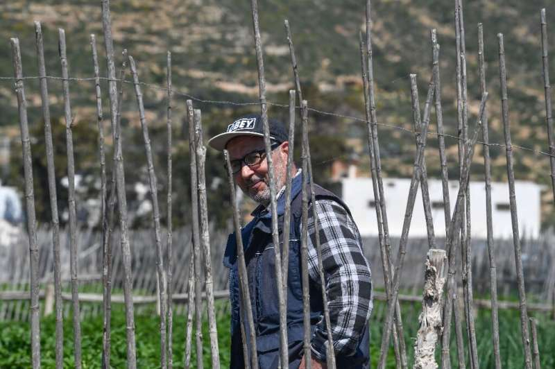 Tunisia 'sandy' farms resist drought, development Retired Tunisian school teacher Ali Garci farms a plot of land inherited from his family and says this traditional form of agric