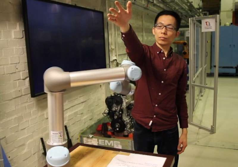 Robots can be more aware of human co-workers, with system that provides context