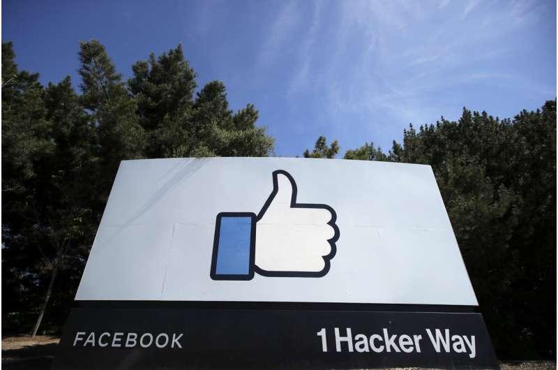 Russian court orders bailiffs to enforce fine on Facebook