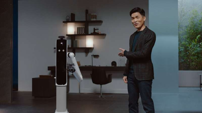 Samsung robot feeds you and helps with the laundry