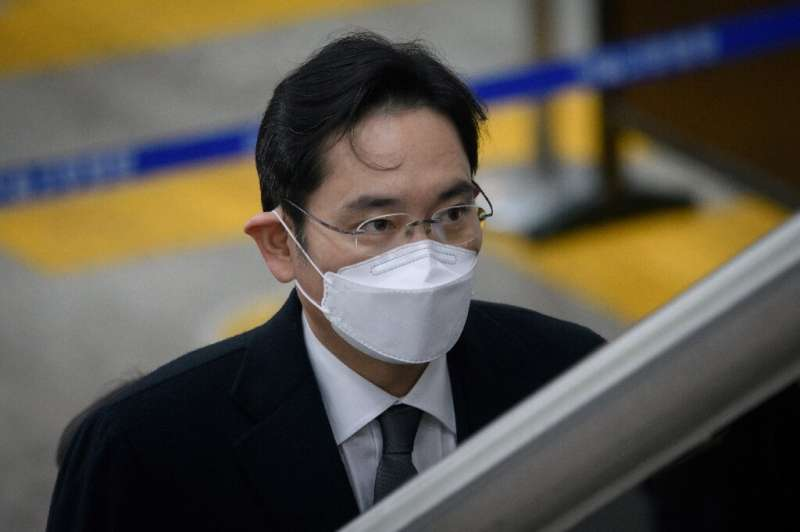 Samsung's de facto chief Lee Jae-yong has been convicted and jailed for two and a half years over a huge corruption scandal