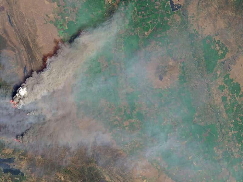 Satellite sensor EPIC detects aerosols in earth's atmosphere