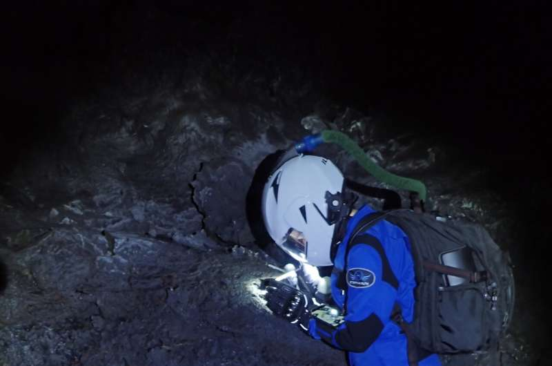 Scientists don spacesuits to explore Hawaiian lava tubes as if they were on Mars