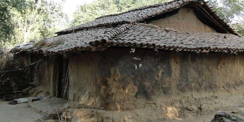 Shiftaway from earthen homes 'environmentally damaging'