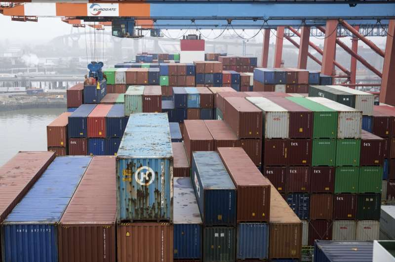 Shortages cause 'bottleneck recession' for German industry