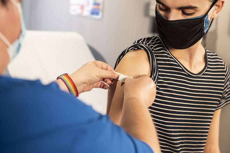 Should businesses require vaccines? That's fine, most California voters say