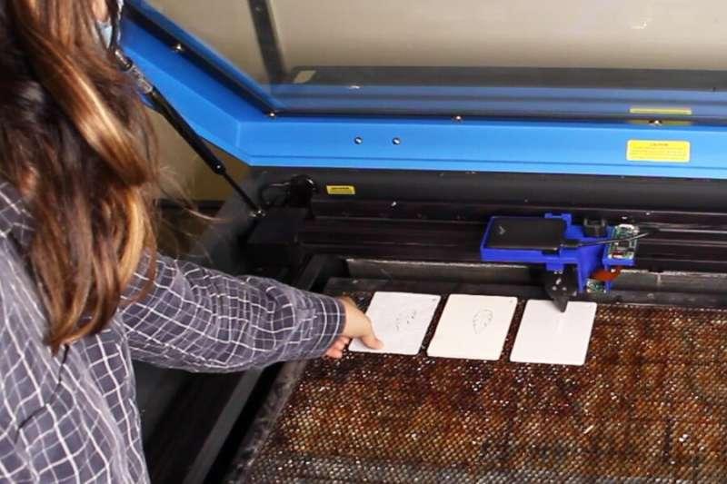 Smart material-sensing platform for laser cutters can differentiate between 30 materials
