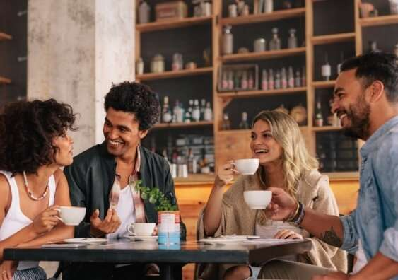 Social interactions after isolation may counteract cravings