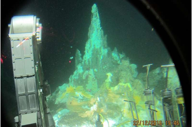 Some seafloor microbes can take the heat: And here's what they eat