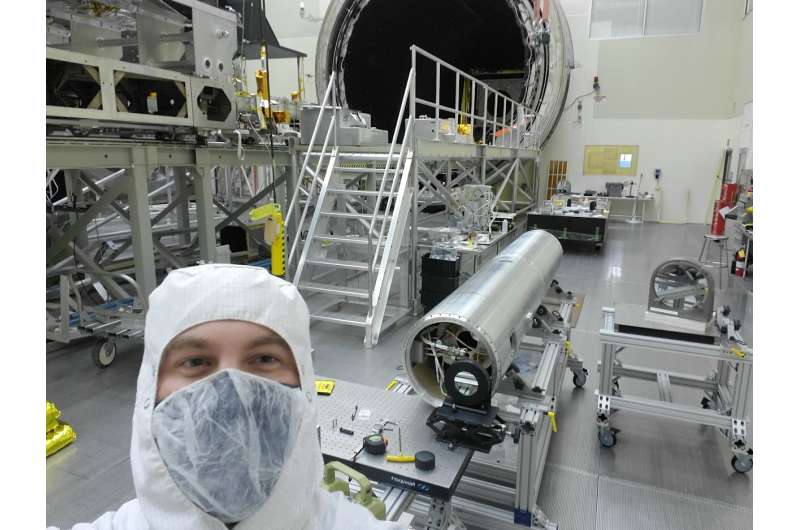 Soon to launch: NASA rocket carrying solar X-ray scanner