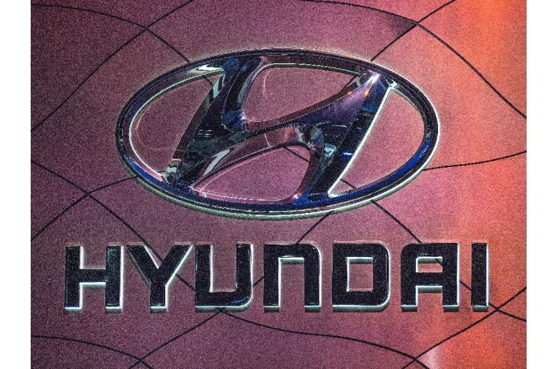South Korean auto giant Hyundai is reportedly in talks with Apple to manufacture self-driving electric vehicles