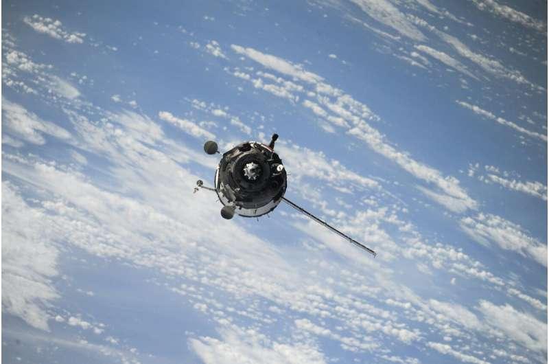 space x satellites