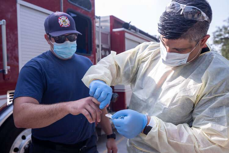 Study finds U.S. first responders have mixed feelings about COVID-19 vaccine