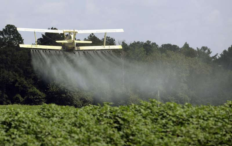 Research: The use of pesticides in the United States has declined, but it is more harmful to pollinators