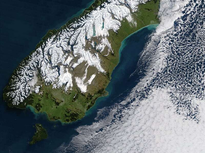 Subduction initiation may depend on a tectonic plate's history