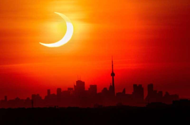 Solar eclipse thrills world's northern tier Sunrise-special-solar