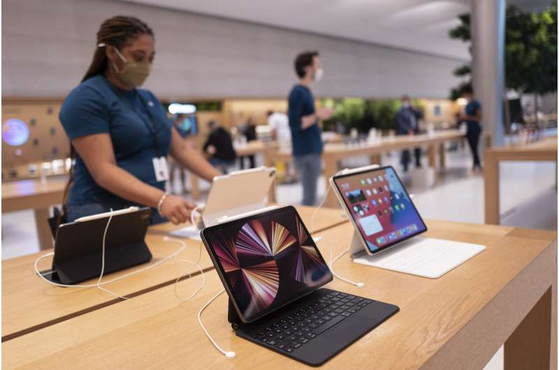 Tech calms down, but still strong as the world goes digital