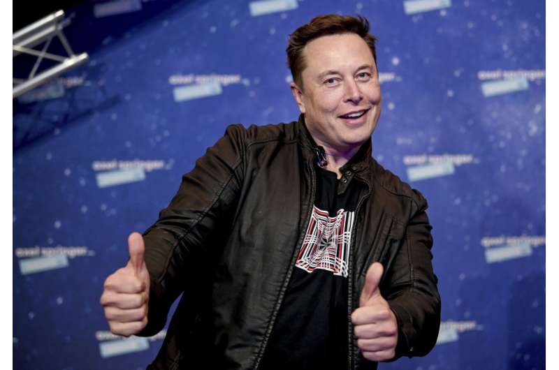 Tesla CEO Elon Musk adding SNL hosting job to his to-do list