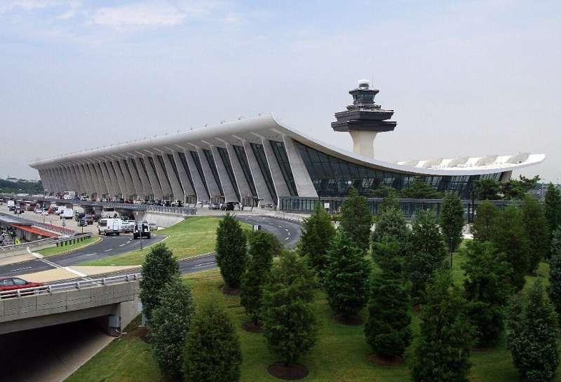 Le pipeline Colonial dessert des millions de clients sur la côte Est, y compris l'aéroport international de Washington Dulles