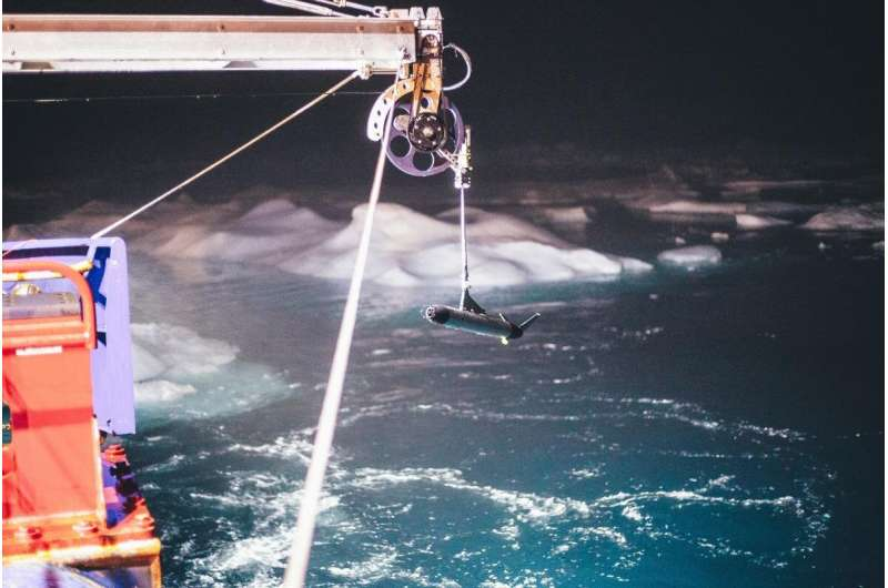 "The ""heat bombs"" destroying Arctic sea ice"