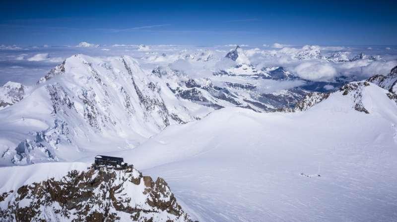 El hielo más antiguo de los Alpes se conservará en la Antártida