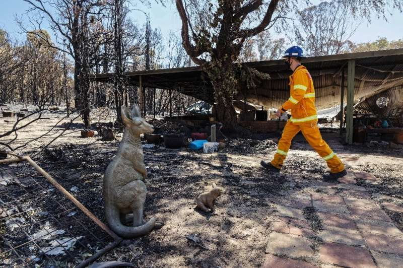 The bushfire near Perth destroyed dozens of homes and scorched more than 10,000 hectares