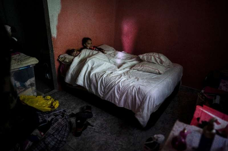 The conditions are endangering the health of around 1,800 children, say UN rights experts
