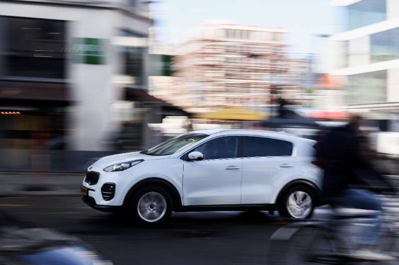 The current Belgian government has initiated a plan to fully electrify the company car scheme away from fossil fuels