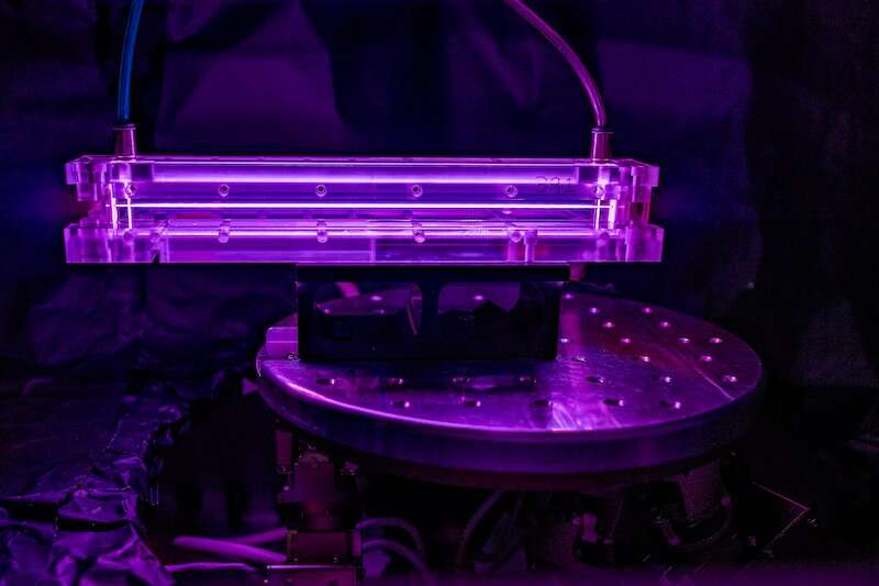 Unprecedented Plasma Lensing for High-Intensity Lasers
