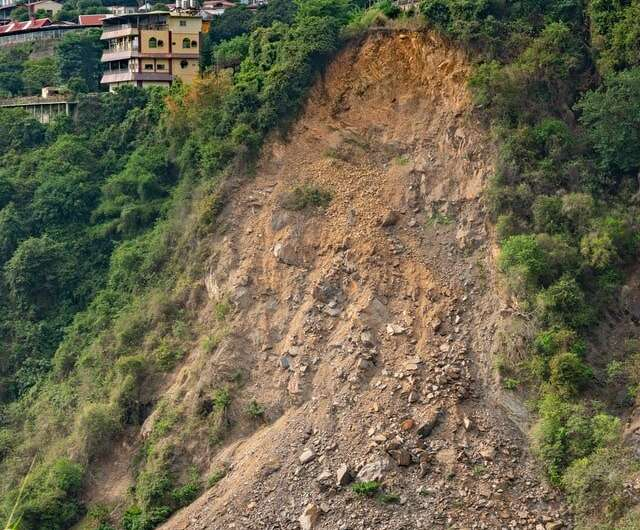 Urban areas more likely to have precipitation-triggered landslides, exposing growing populations to slide hazards