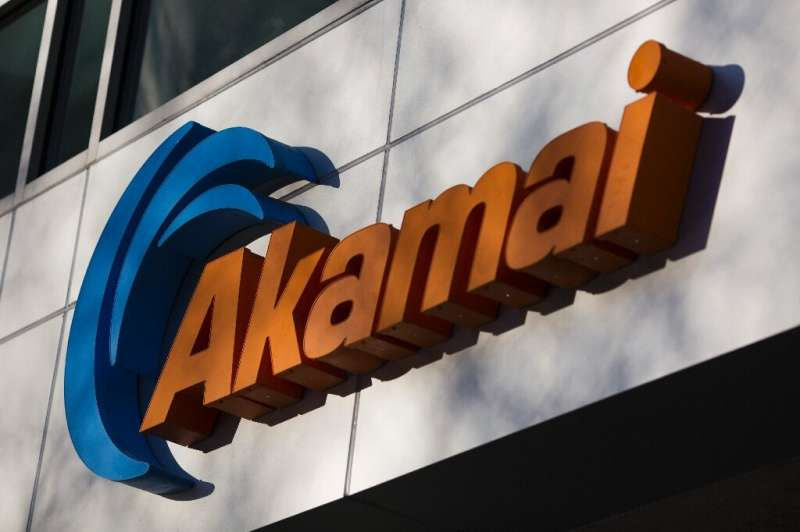 US-based Akamai said around 500 of its customers were briefly knocked offline on Thursday because of a problem with one of its o