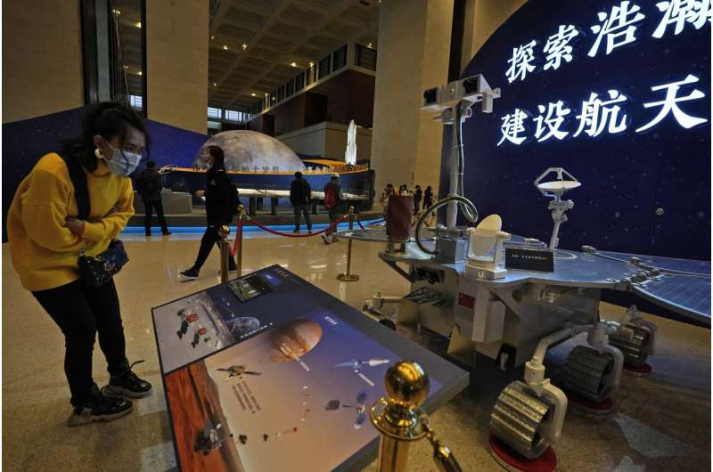 US, China consulted on safety as their crafts headed to Mars