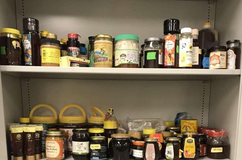 Usando ADN para buscar los verdaderos orígenes de la miel importada