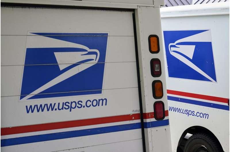 USPS selects Oshkosh Defense to build greener mail truck