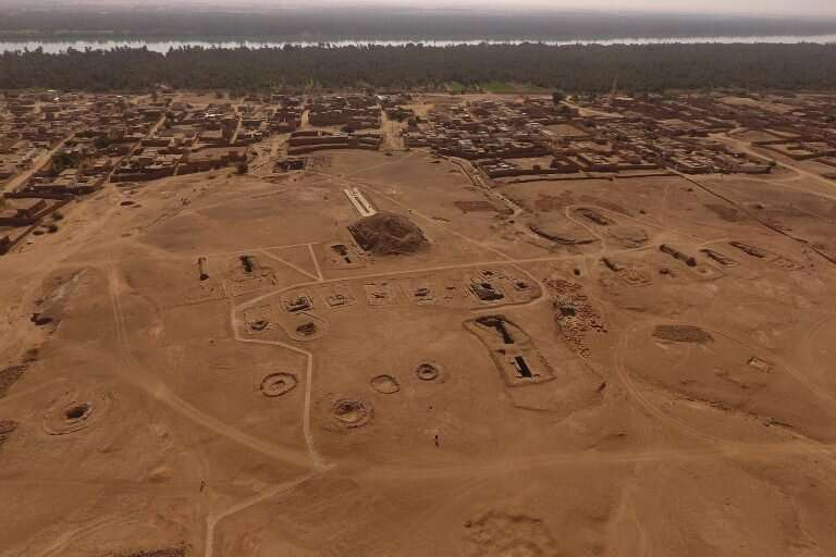 Virtually digging up archaeology