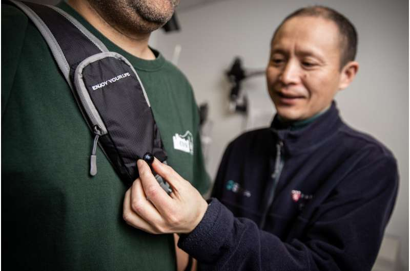 Wearable devices can reduce collision risk in blind and visually impaired people