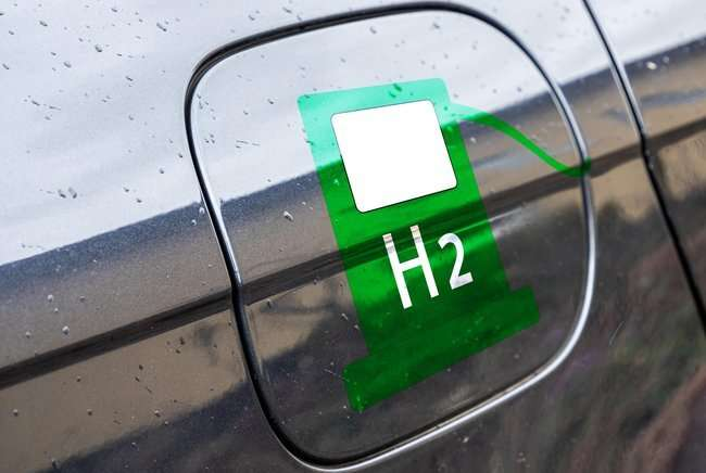 What happens to a hydrogen tank during a collision?