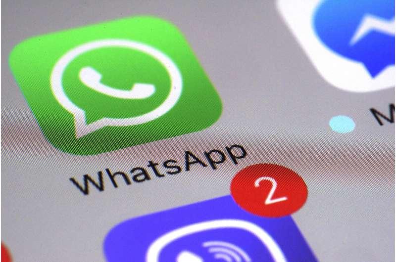 Pertumbuhan WhatsApp merosot karena saingannya Signal, Telegram naik