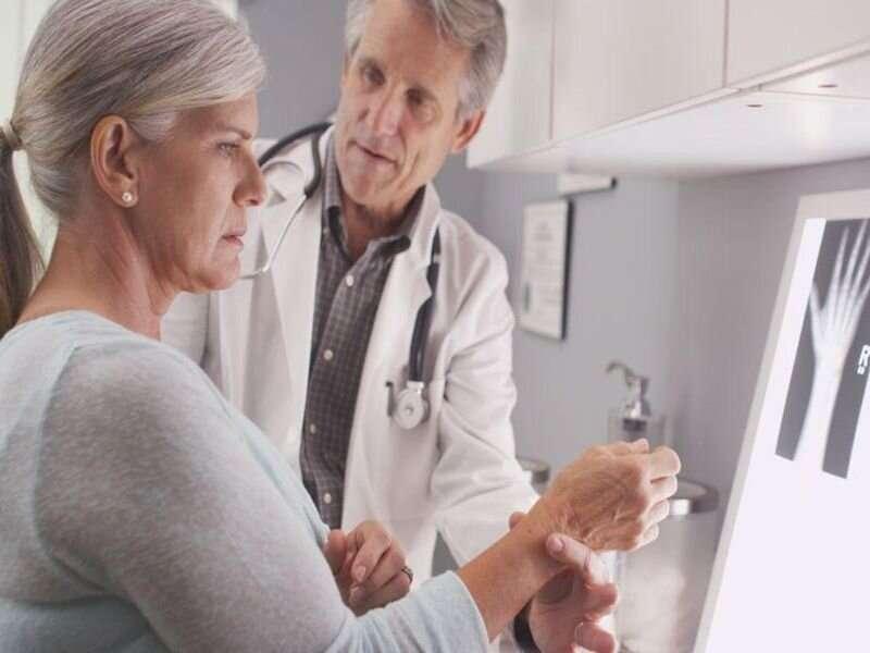 Women with rheumatoid arthritis have bone fragility