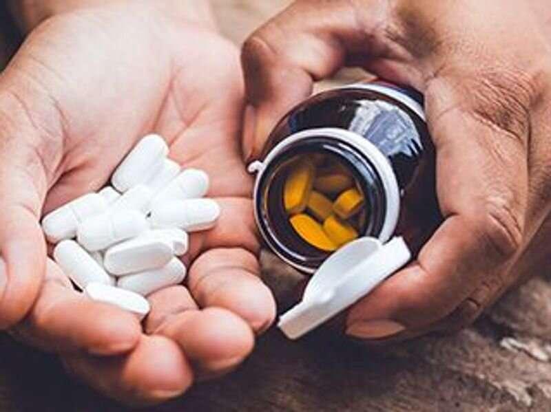 Zinc, vitamin C won't help against COVID-19