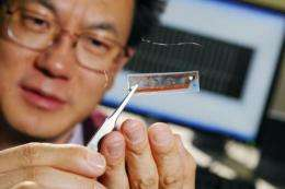 Researchers use improved nanogenerators to power sensors based on zinc oxide nanowires