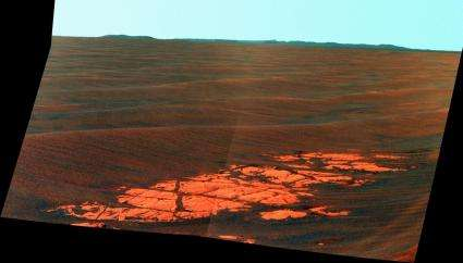 Image: Mars Rover Sees Distant Crater Rims on Horizon