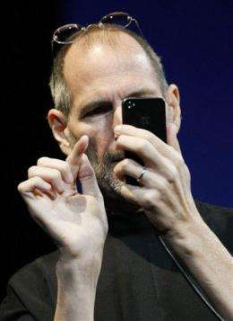 Apple 'stunned' to find iPhones show too many bars (AP)