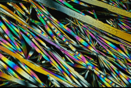 Chemists grow crystals with a twist -- and untwist
