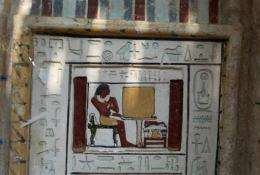 Egypt unveils discovery of 4,300-year-old tombs (AP)