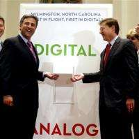 FCC to open up vacant TV airwaves for broadband (AP)
